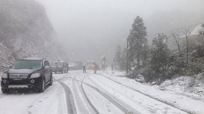 10 lời khuyên an toàn khi lái xe ngắm tuyết Sapa